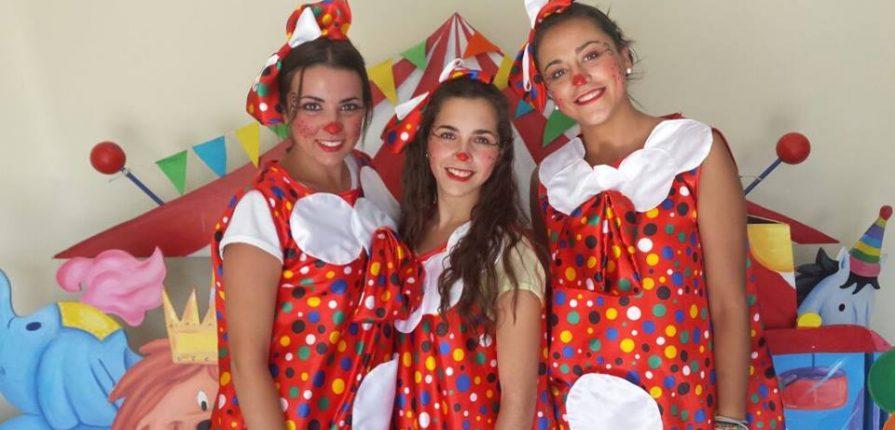 ANIMADORAS Curso de Animación Infantil en Valencia - Agosto 2015 1