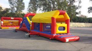 alquiler castillos hinchables malaga deportae castillo Obstaculos + tobogán 13,7 x 3,5m